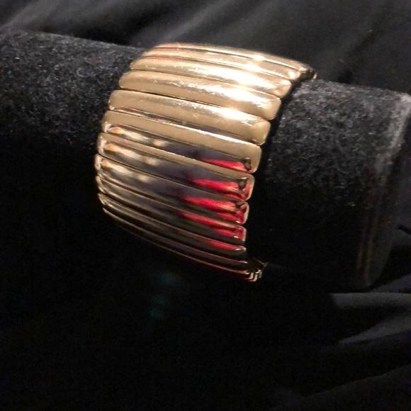 Jewelry - Elastic gold plated slip on bracelet